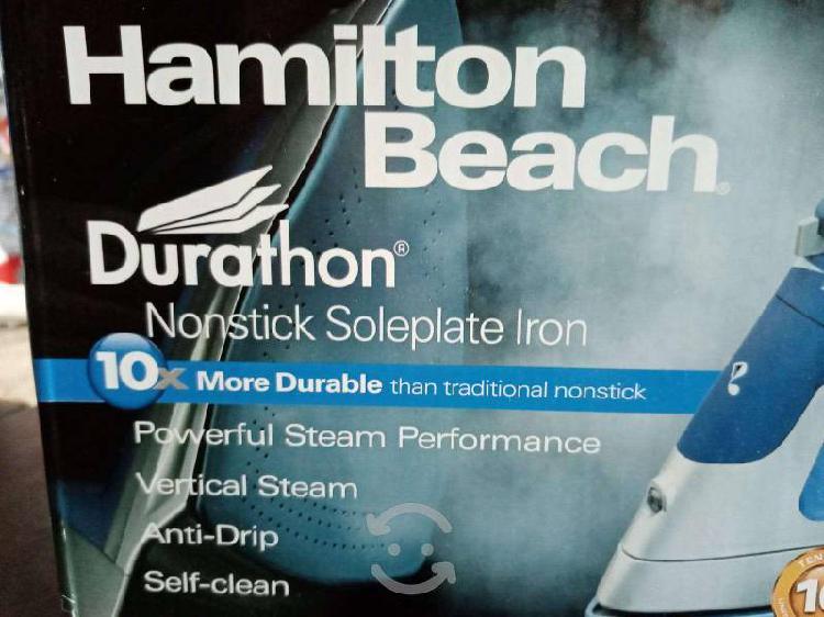 Plancha a vapor hamilton beach 19800r color azul