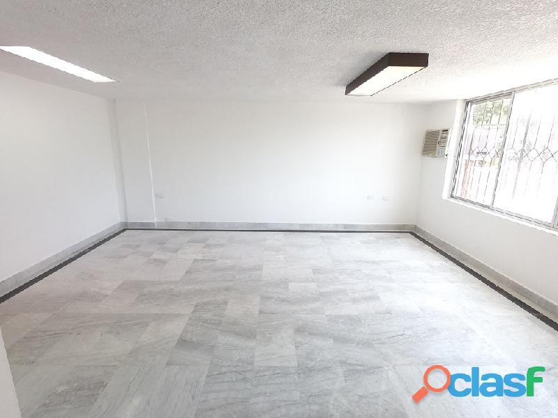 Rento Oficina en Rio Caura 590 (Excelente Ubicación)