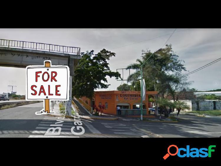 Local comercial en esquina y sobre autopista guadalajara - colima