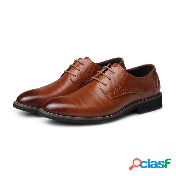 Zapatos con cordones de color formal para hombres