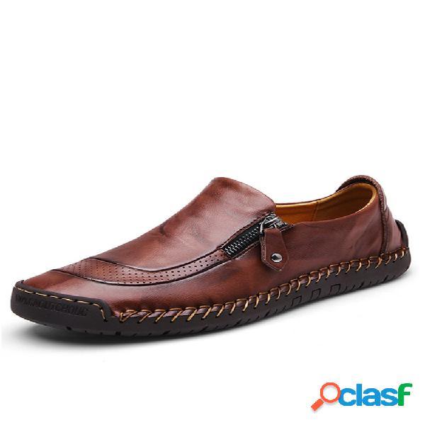 Zapatos de cuero con cremallera y pespuntes a mano slip on para hombres