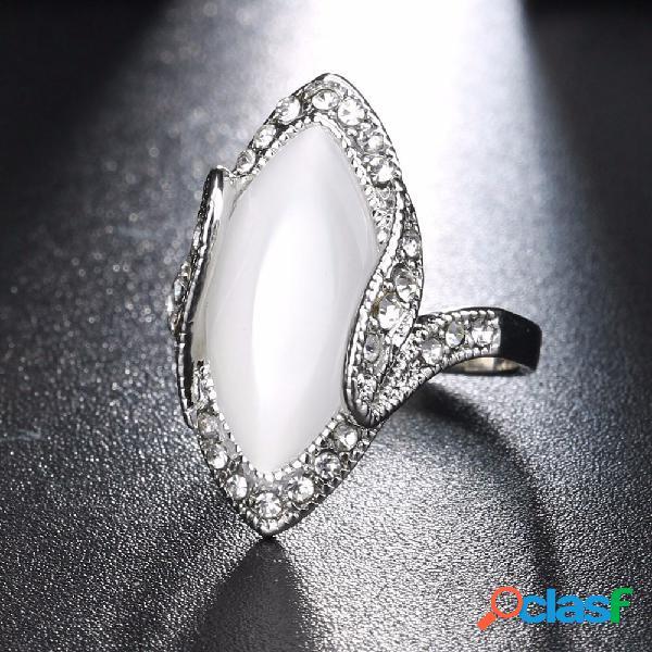 Bohemia anillos de dedo blanco resina rhinestone oval ópalo anillos geométricos étnicos joyería para mujeres