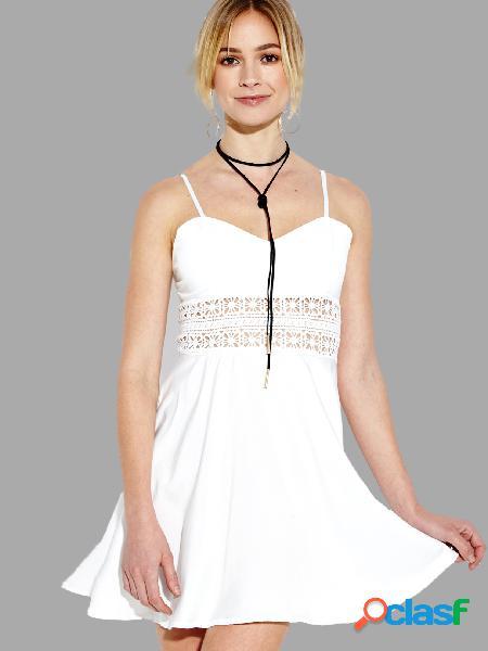 Hollow out cami mini vestido en blanco