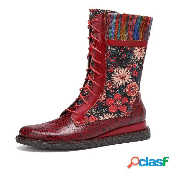 Socofy retro floral relieve flores bordado cuero cómodo mitad de la pantorrilla cuñas tacón botas