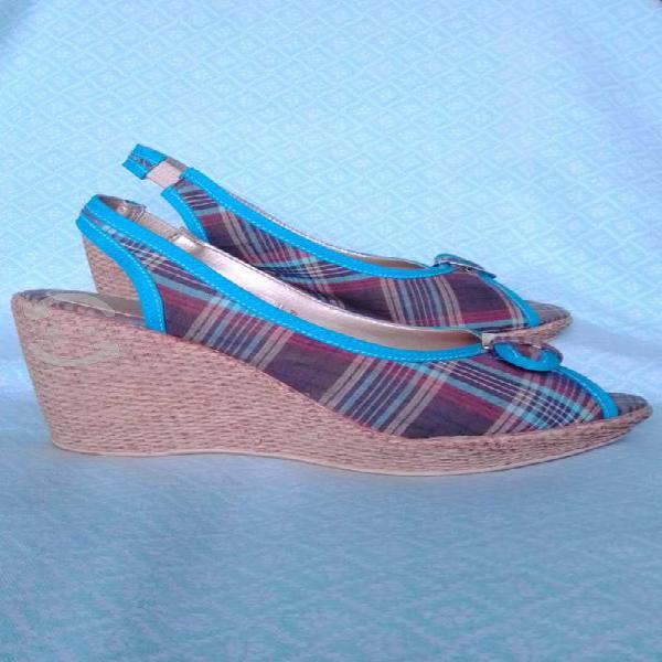 Sandalias de plataforma con yute