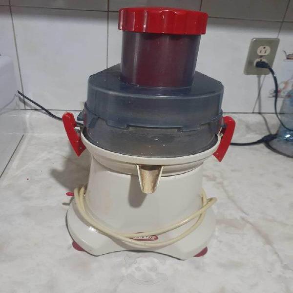Extractor jugos