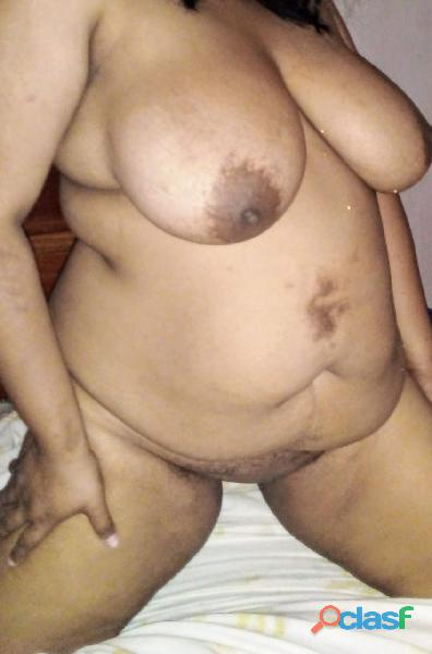 Gordita embaraza caliente