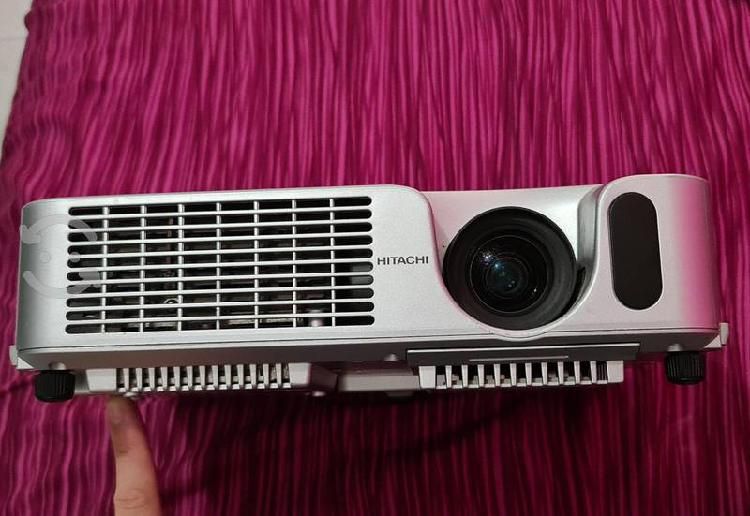 Proyector hitachi cp-x250 3lcds