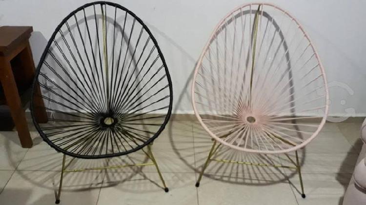 Se venden sillas de jardin porque no se usan
