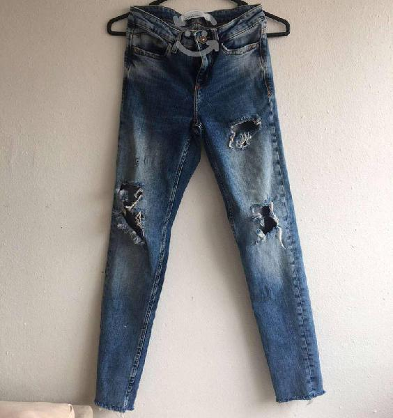 Pantalon jeans zara de mezclilla azul
