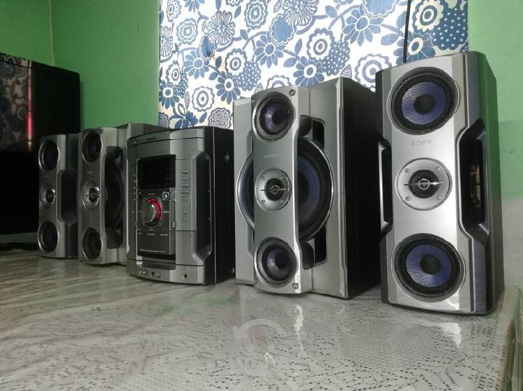 Sony genezi hi-fi para usar como amplificador