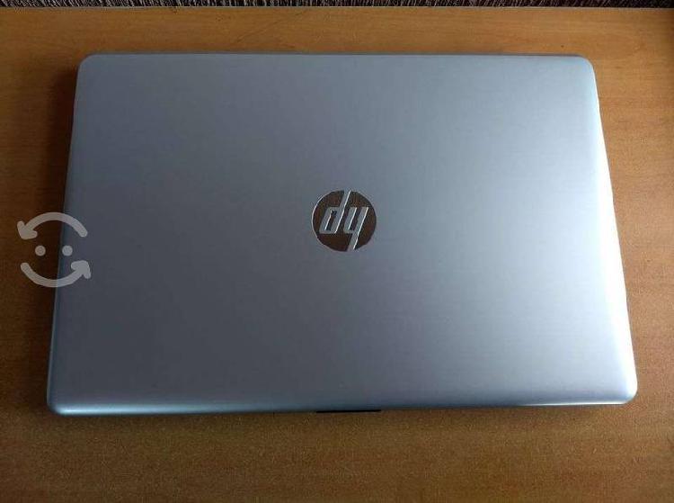 Laptop Hp , core i3 sexta ,8 gb ram ,1 tb