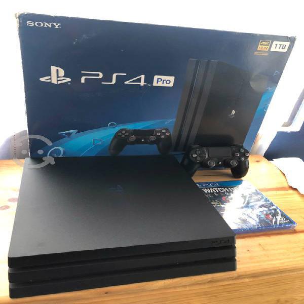 Playstation 4 Pro 1TB con juego