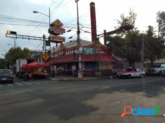 Local comercial (esquina)