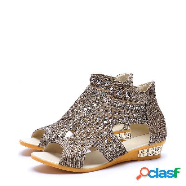 Sandalias con detalle de joya de peep toe café
