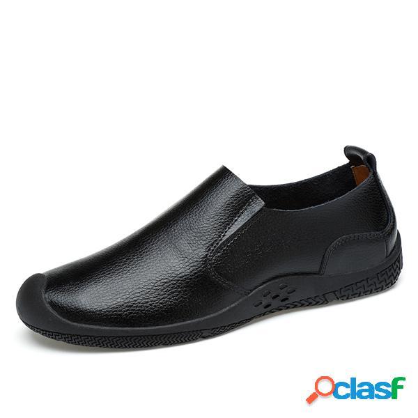 Zapatos casuales de suela suave antideslizante de cuero de vaca de los hombres