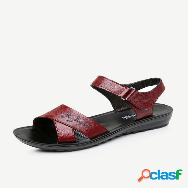 Bordado gancho bucle de cuero sandalias