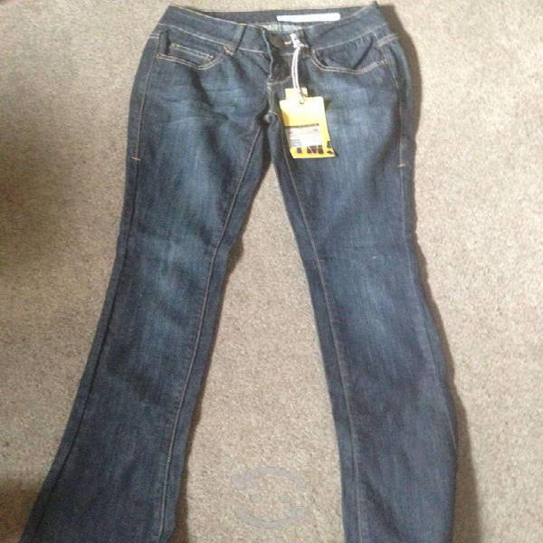 Pantalon dkny nuevo y original xs
