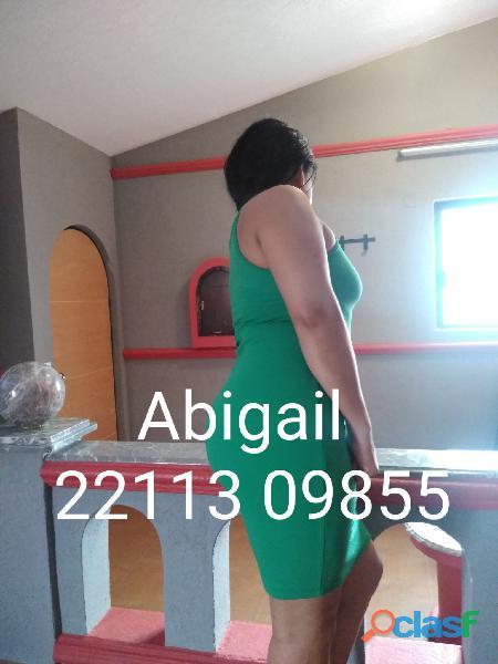 Abigail señora madurita cuarentona gordibuena chaparrita golosa cachonda caliente