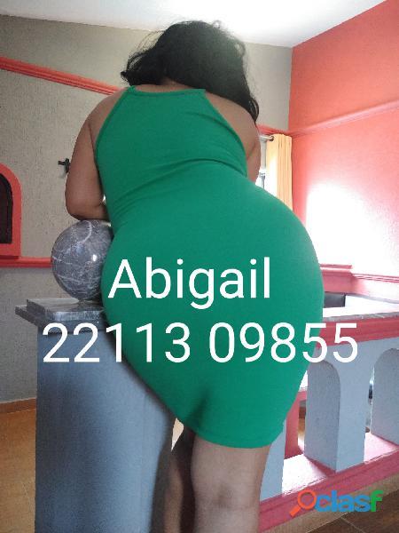 Abigail señora madura cuarentona apretadita gordibuena