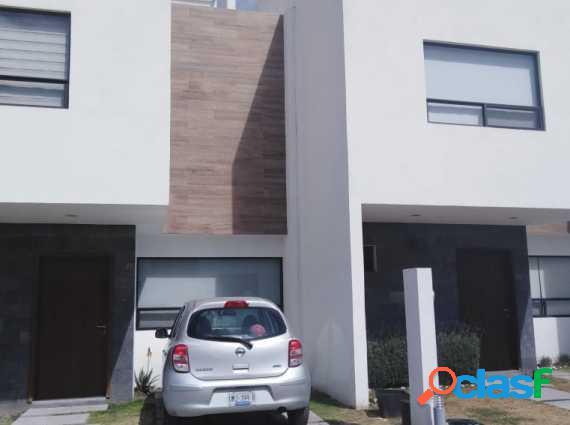 #casa en #venta en #juriquilla hi1214