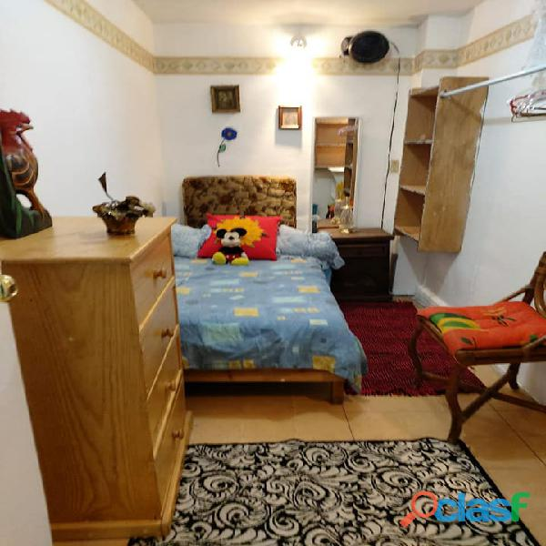 Rento cuarto para dama mediano amueblado colonia roma
