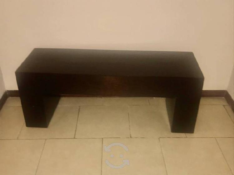 Mueble para entrada /recamara color chocolate