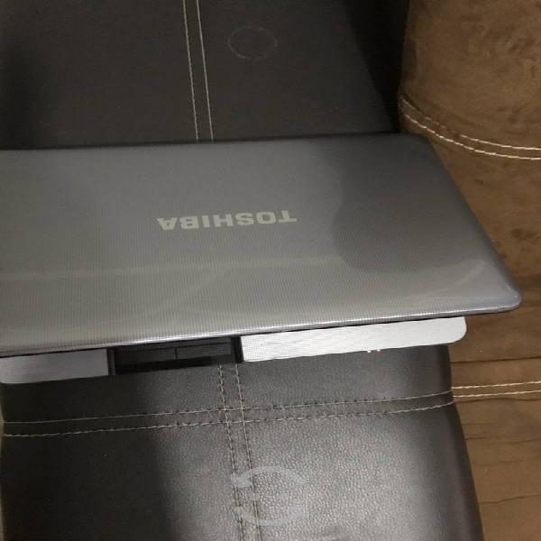Toshiba satélite