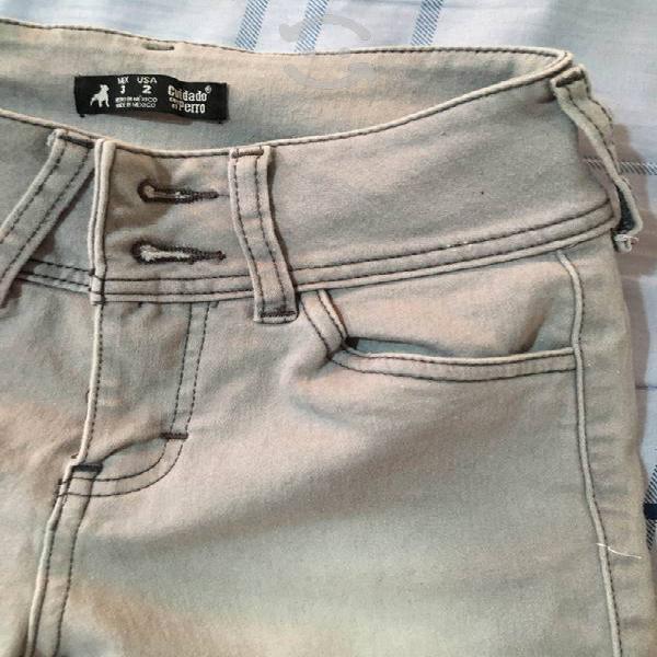 Pantalón gris talla 3 c&a