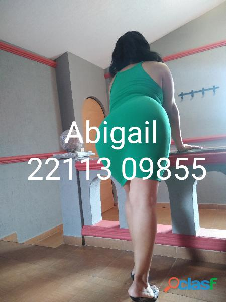 Abigail sexy madura cuarentona apretadita gordibuena golosa