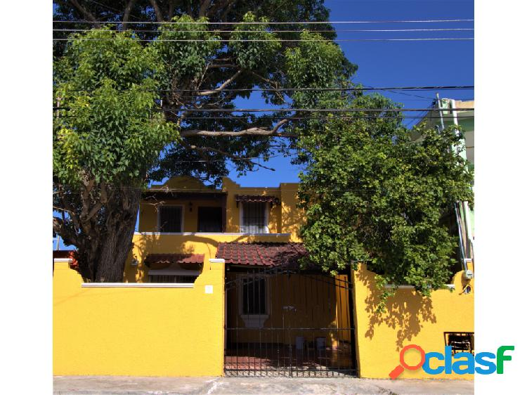 San fco chuburna renta casa de dos niveles dentro de la ciudad