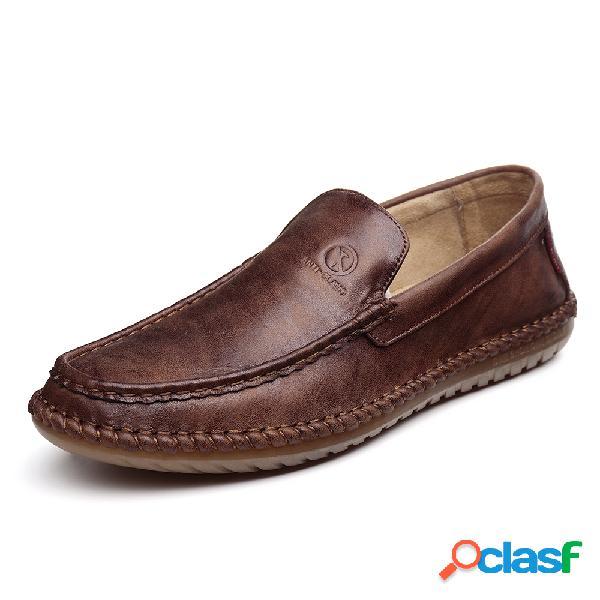Resbalón de cuero cosido a mano de los hombres en soft zapatos de conducción casuales únicos