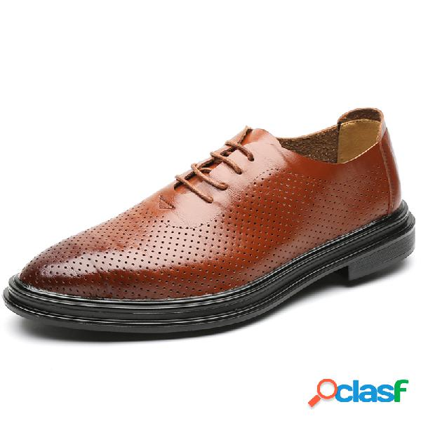 Hombres hollow transpirable soft sole business casual zapatos de cuero formales