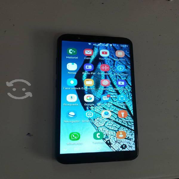 Smartphone samsung con pantalla de 6 pulgadas..