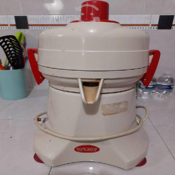 Extractor de jugos turmix usado