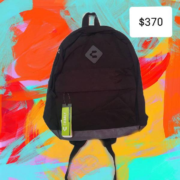 Nueva mochila charly