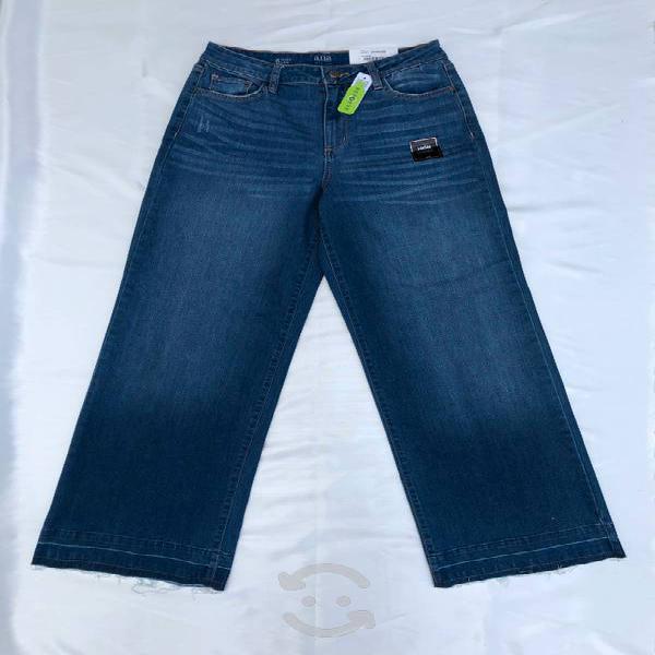 Pantalones acampanados