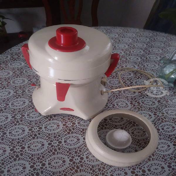 Extractor de jugos turmix