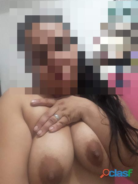 TRIO CON MI HERMANA DE PELO NEGRA SUPER RICA CALIENTE COMPLE