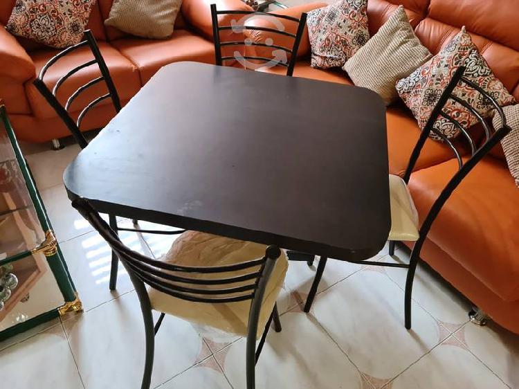 Antecomedor 4 sillas