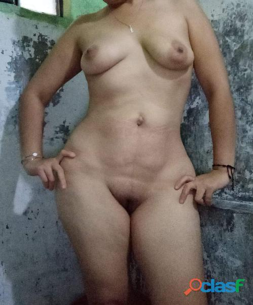Sensual mujer poblana ofresco exitante chat erotico