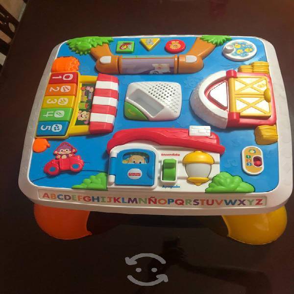 Mesa didáctica para bebés
