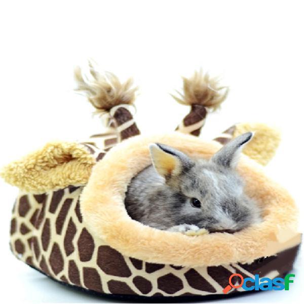 Jirafa en forma de animal pequeño, rata, puercoespín, ardilla, casa, cama, nido, jaula con almohadilla