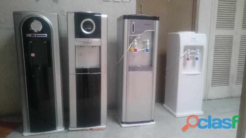 Dispensador de agua, fría, Caliente las 24 Horas