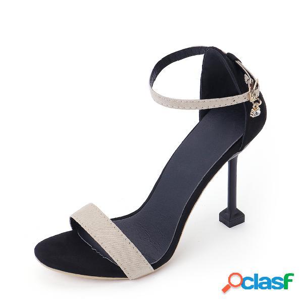 Sandalias de tacón con correa de tobillo de cuero escarchado de albaricoque