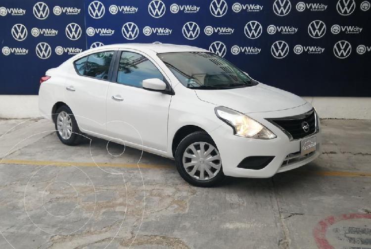 Nissan Versa Sense Aut usado (2016) color Blanco precio