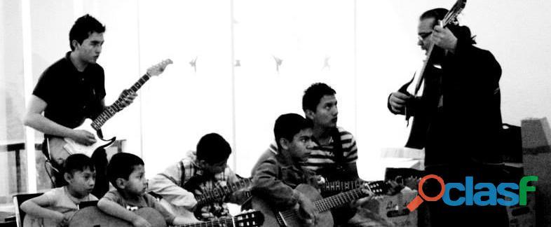 Clases de Guitarra en Todo México Personalizadas