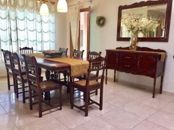 Muebles Varios, Sala, Comedor, Mesa de Billar, cortinas,